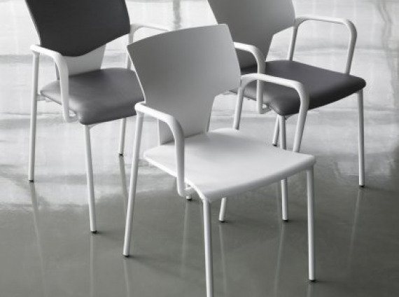 Rouillard Dexta Link Side Chair
